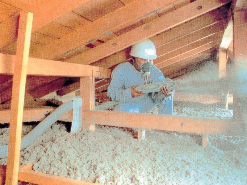天井施工の様子